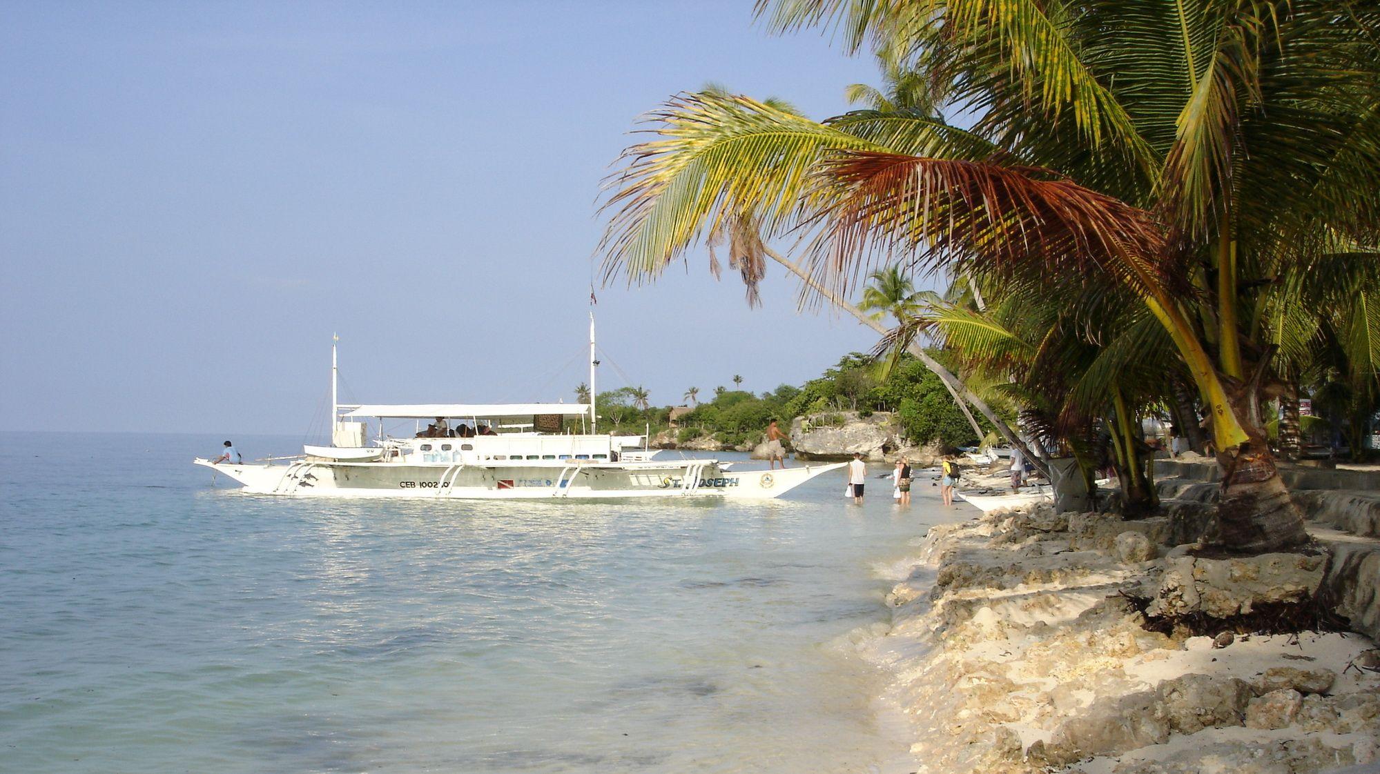 Dive Boat on Bohol